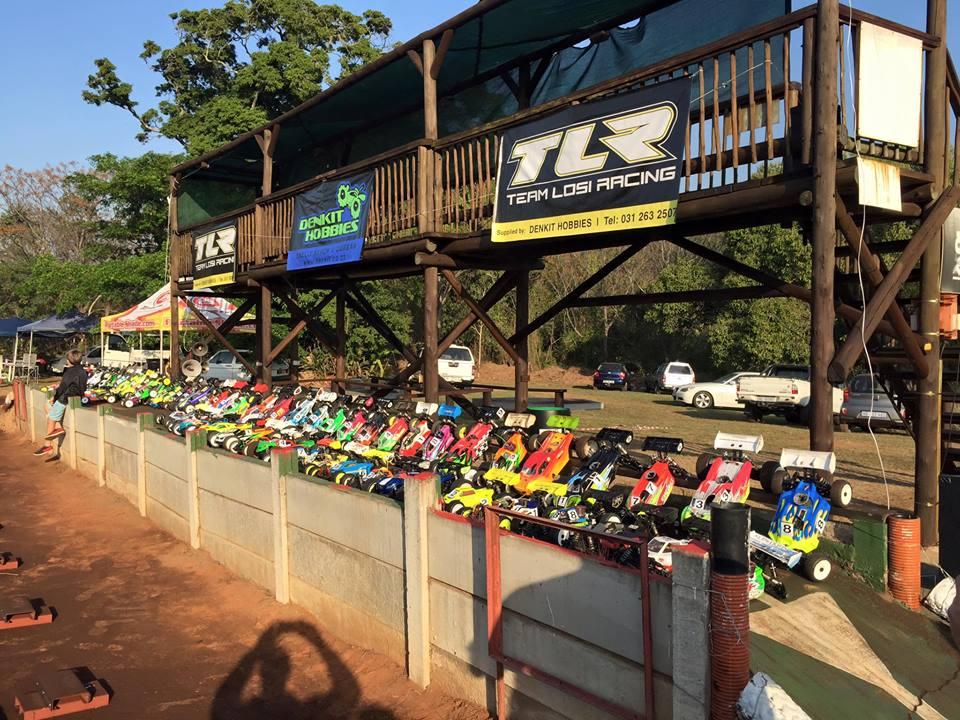 APN Raceway cars in pit